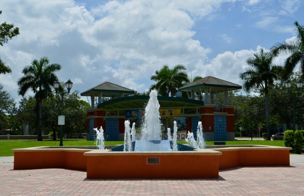 Abacoa Jupiter Florida fountain and amphitheater